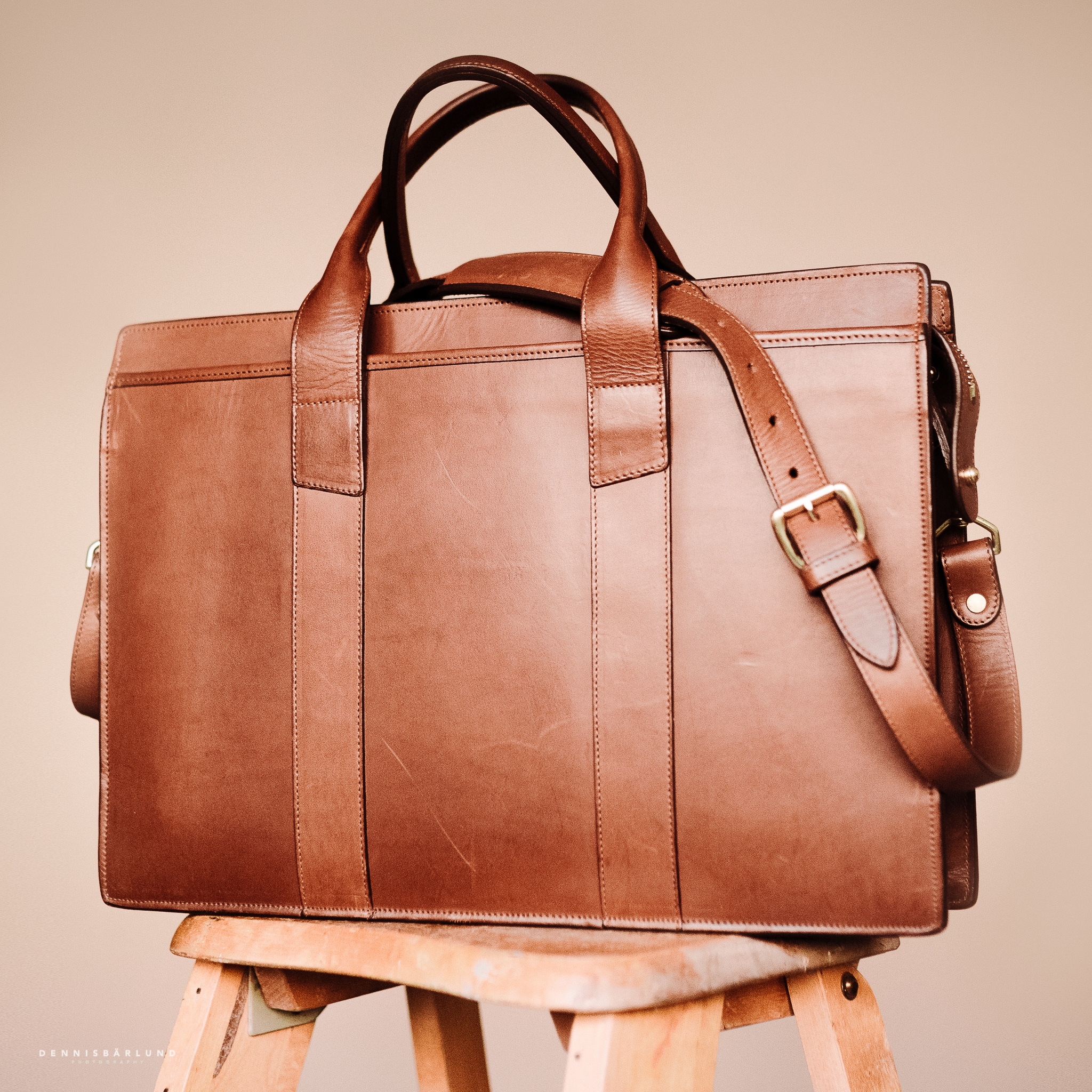 Review: Frank Clegg Zip Top Briefcase