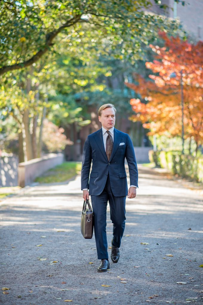 """The Nordic Fit's take on """"How to Dress as a Consulting Professional"""""""
