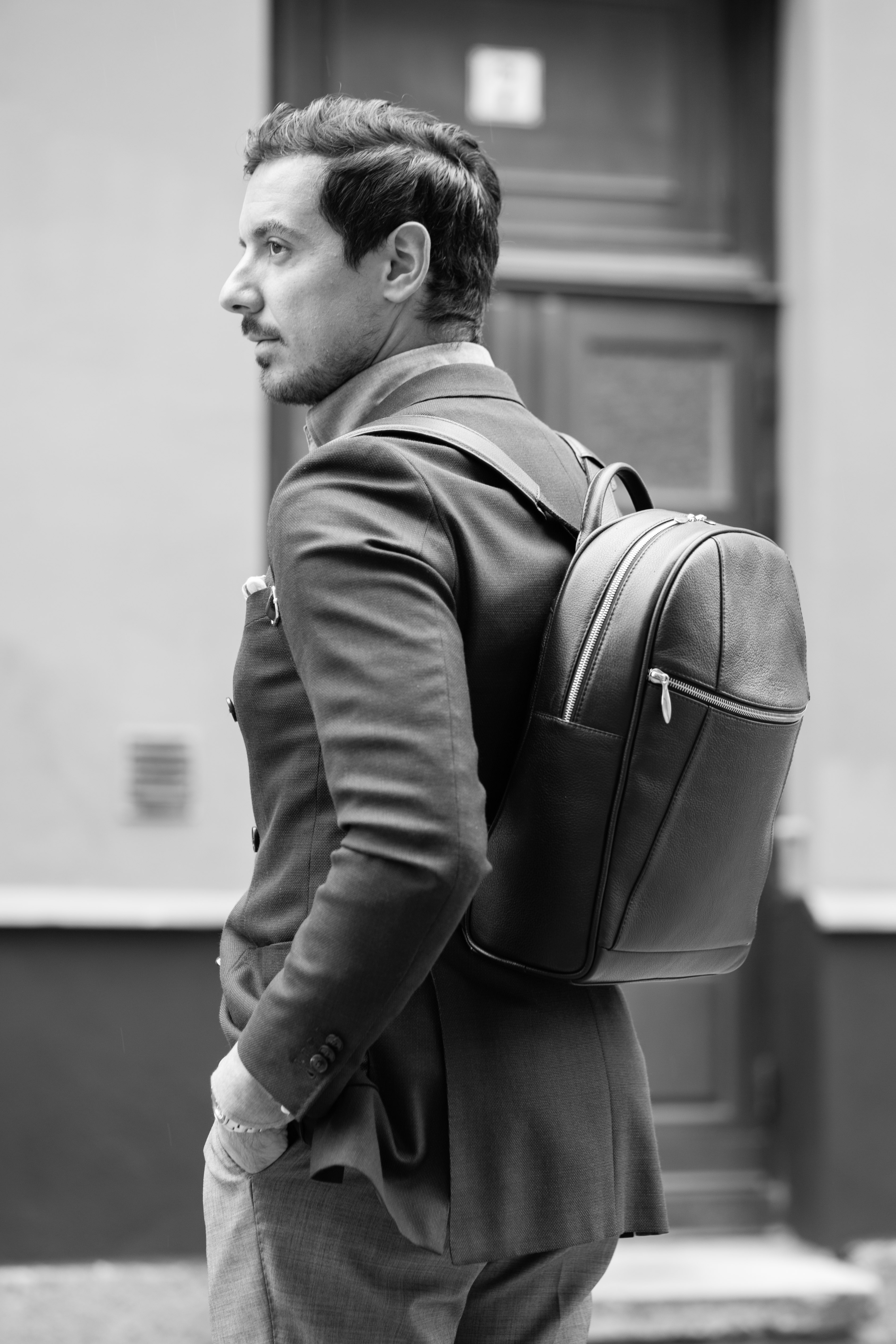 Review: Arsante of Sweden Leather Backpack